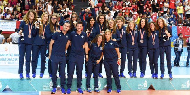 La nostra Clara Argento Olimpico con la Nazionale Italiana Volley Femminile Sorde